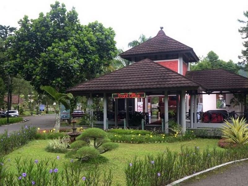 Grand Cempaka Resort dan Convention Bogor