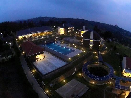 0812 9393 9797, Villa Bukit Pancawati Bogor, Sewa Villa Puncak Pass