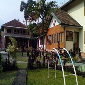 Villa Tunas Alam Mutiara Bogor
